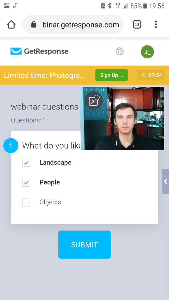 GetResponse Mobile webinar polls